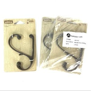 3 metal wall hooks Rubbed bronze brand New